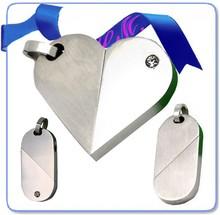 stainless steel silver matt and polish the illusionist locket