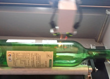 China cheap Price Co2 Laser Engraving Machine, wine bottle engraver