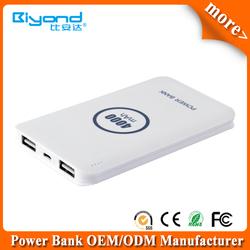 Dual USB 4000mah smartphone battery charger