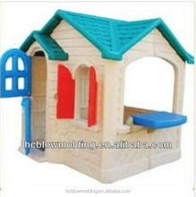 OEM Outdoor plastic cheap Dog kennel /Pet House in Garden