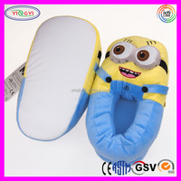 D030 White Non Slip Outsole Despicable Me Minion Plush Slippers and Shoes