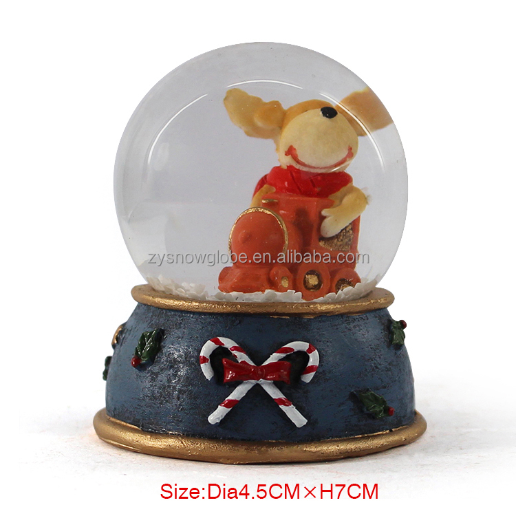 Resin Christmas snow globe
