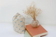 Moda popular de regalo del lazo precio bolsa de yute sacos de yute