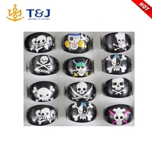 Children Fashion Jewelry The pirates Skull Skeleton Resin Lucite Acrylic Party Ring Kids Finger Rings