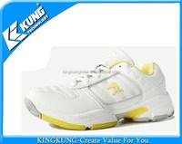 Latest badminton shoes low price taekwondo shoes