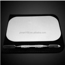 Yimart High Quality Stainless Steel Mini Mixing Makeup Palette and Cosmetic Spatula