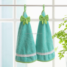 Inexpensive lint free nylon cleaning cloth in case