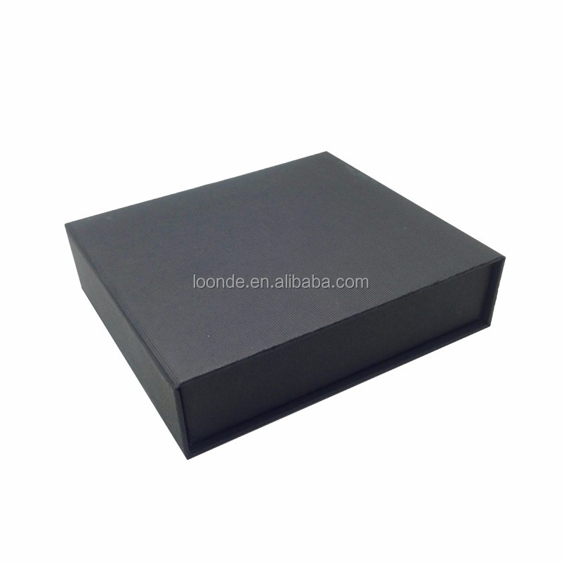 black jewellery gift box (3).jpg