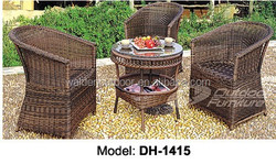 Modern Outdoor Rattan Furniture Table and Chair Sets