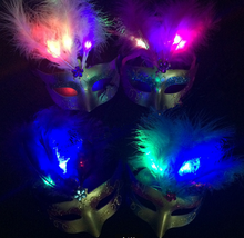 2015 Newest Beautiful Design Feather Decorative Women Party Halloween Mask