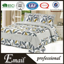 Good quality tree printed plain comfortable bedspread quilt set China supplier