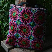 Top Fashion Embroidery Hmong Lady Bag Brand Design Handbag Vintage floral Embroidered Tote Bag Handbag