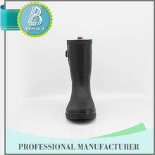 Alibaba china Low price 100% Natural Rubber jelly rain boots shoes