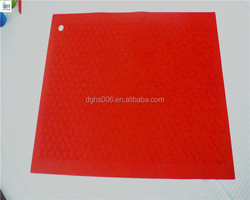 Deep orange color bulk Silicone embossed Cups/kettle mat for protect table/silicone decorative bar mat/pad