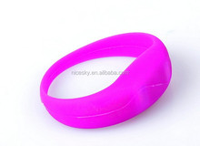 Hot seven Color Unisex Sound Controlled LED Light Up Bracelet Activated Glow Flash Bangle For Mother's Day Festival Party Decor