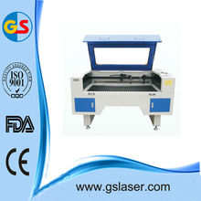 A gravação a laser e máquina de corte GS6040 60W
