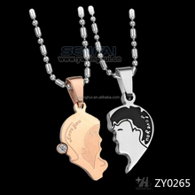 Couple portrait pendant for lovers who fill in love