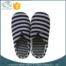 New products hot sales men s slippers