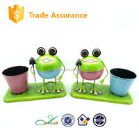 Metal spring frog decorative garden flower pot