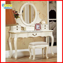 Modern Makeup Dressing Table with Mirrors