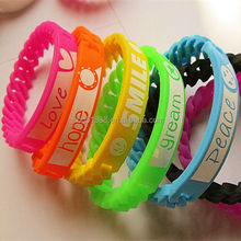 Factory direct selling cheap custom silicone slap bracelet