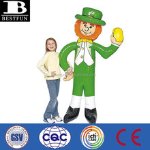 Factory custom made inflatable jumbo leprechaun party decoration vinyl characters blow up stand toys