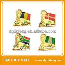 En forma de la bandera insignia retráctil/miltary bordado insignia/insignia del bordado