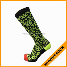 Jacquard Knee High Compression Sock With Cushioned Sole