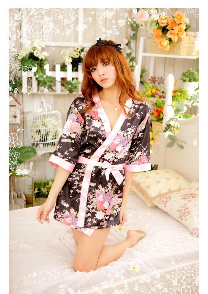kupit-seksualnoe-plate-i-kimono