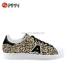 Hot selling popular design classic casual skate shoes for women