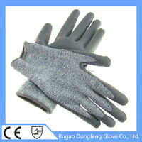 The high performance polyethylene cut resistance gloves