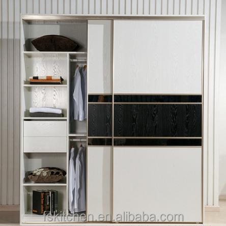 Wooden almirah designs joy studio design gallery best for Door new dizain