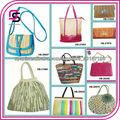 Nuevos bolsos hechos en paja con colore vivos y nuevo estilo
