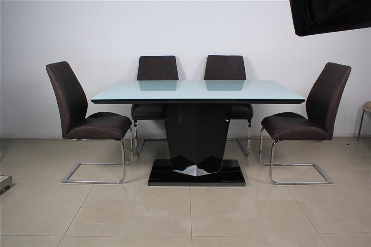 eetkamer meubilair modern design glazen tafel voor  personen, Meubels Ideeën
