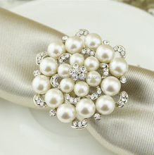 New Diamond pearl Napkin Ring Serviette Holder Wedding Banquet Dinner Decor Favor