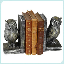 Modern standing cute owl bookends