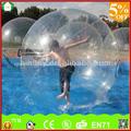 Durable de pvc 1.00mm inflable del agua caminando pelota