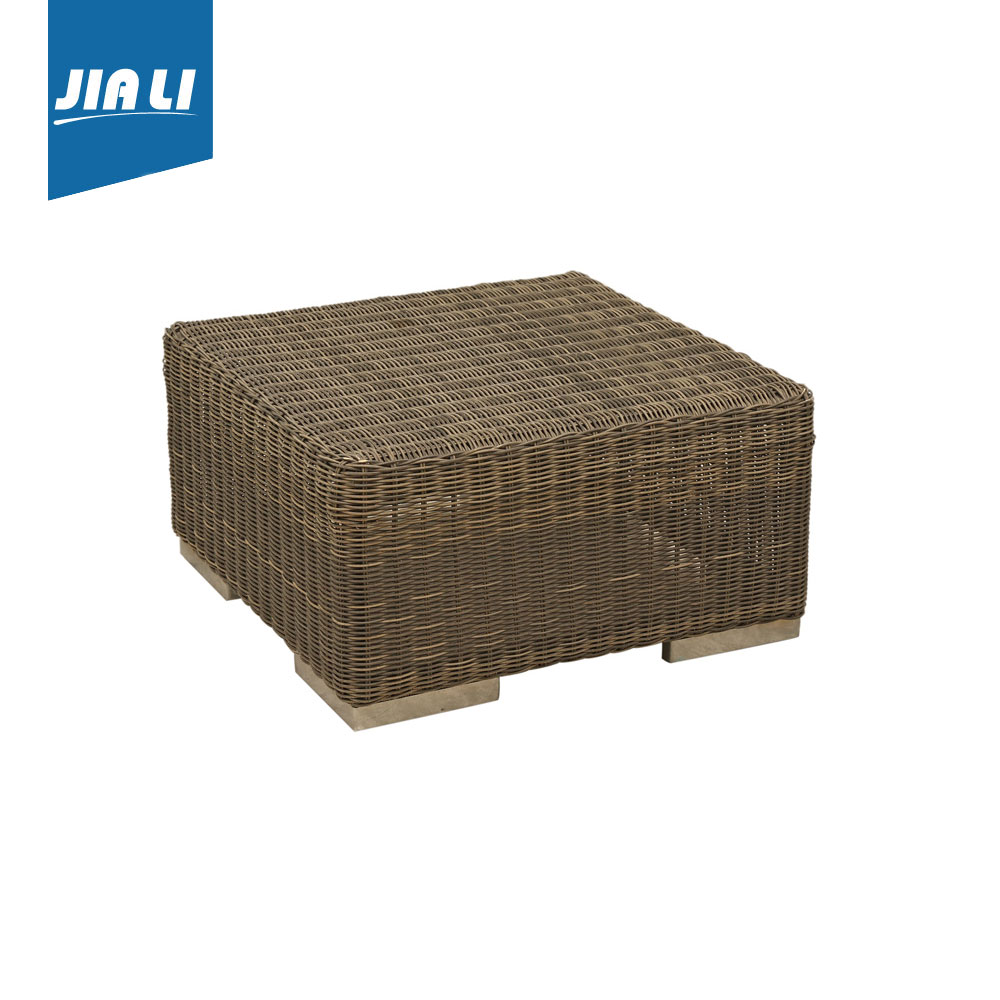 Fine Outdoor Furniture 40