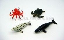 de plástico de los animales del océano