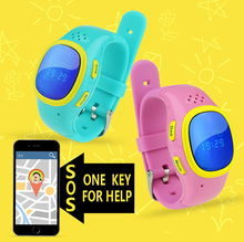 Most popular SOS calling small kids or children gps tracker/gps watch kids tracking with apps