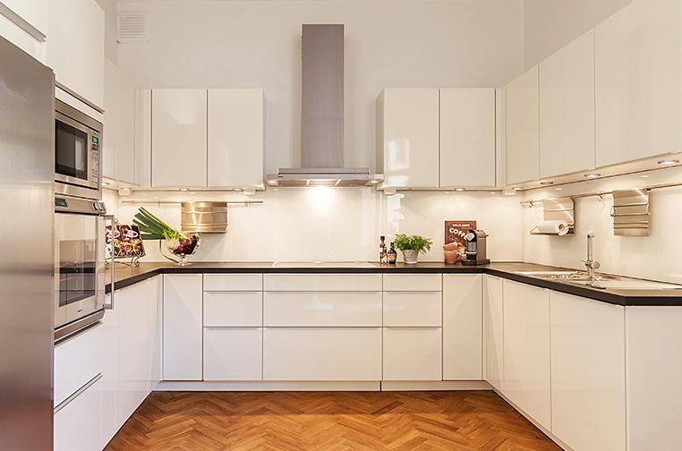 Moderno blanco de alto brillo de laca gabinete de cocina para la ...