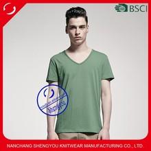 2015 fashion design 100% polyester custom mens v-neck blank tshirt