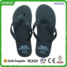 stylish design customized rubber durable soft sole flip-flops made in china