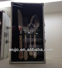 STAINLESS STEEL CUTLERY 24 PCS/SET WITH ALUMINUM CASE
