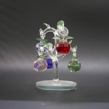 Christmas Day 's Crystal Tree With Colorful Apples For Wedding Souvenir Crystal Gift