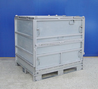 transport IBC chemical container