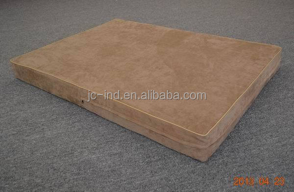 China Dog Bed Professional Orthopedic Luxury Memory Foam Dog Bed