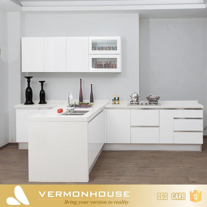 Blanc haute brillance finition invisible poign e armoires for Peinture d armoire de cuisine