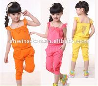 2012 fashion lovely gallus shirt and pants children set