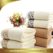 2015 Hot Sale china suppliers Soft promotional terry jacquard 100 cotton bath towel